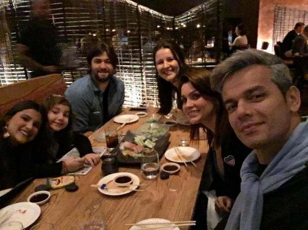Flávia Alessandra, Otaviano Costa e família (Foto: Reprodução / Instagram)