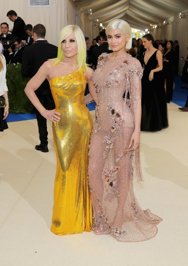 Donatela Versace e Kylie Jenner (Foto: Getty Images)