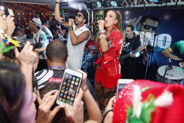 Latino e Ivete Sangalo (Foto: Vinicius Eduardo / AgNews)