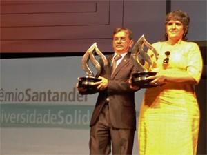 A professora Sandra Regina Lestinge, da UFPI, recebeu um dos prêmios Santander Universidade Solidária (Foto: Ana Carolina Moreno/G1)