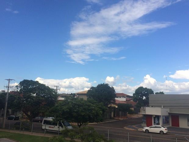 Céu de Campo Grande na tarde desta quarta-feira (7) (Foto: Maria Caroline Palieraqui/G1 MS)