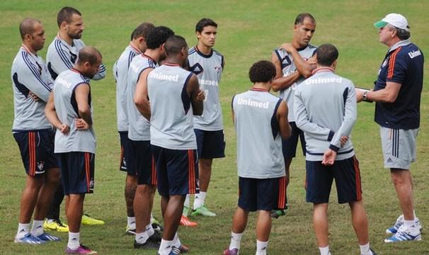 Abel faz treino coletivo para partida de quarta (Foto: Rossana Fraga/Photocamera/Reprodução: Globoesporte.com)