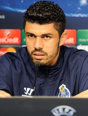 Fabiano goleiro do Porto (Foto: AFP)