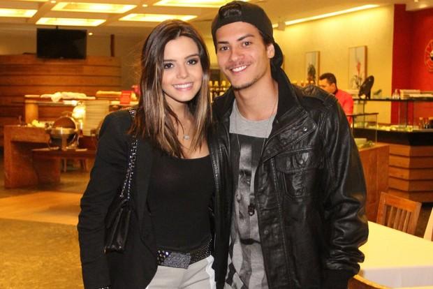 Giovanna Lancelotti e Arthur Aguiar (Foto: Rodrigo dos Anjos / AgNews)