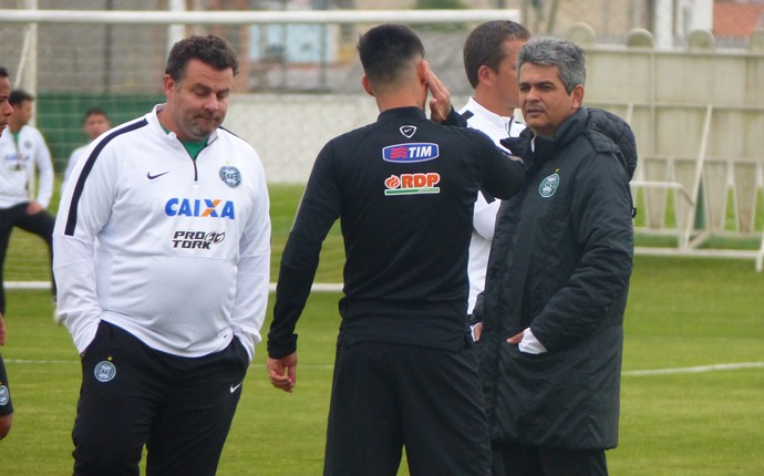 Ney Franco João Paulo Coritiba (Foto: Monique Silva)
