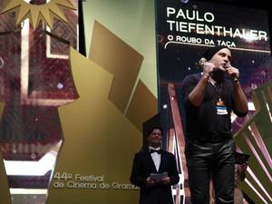 Melhor ator: Paulo Tiefenthaler, em O Roubo da Taça (Foto: Cleiton Thiele/Pressphoto)