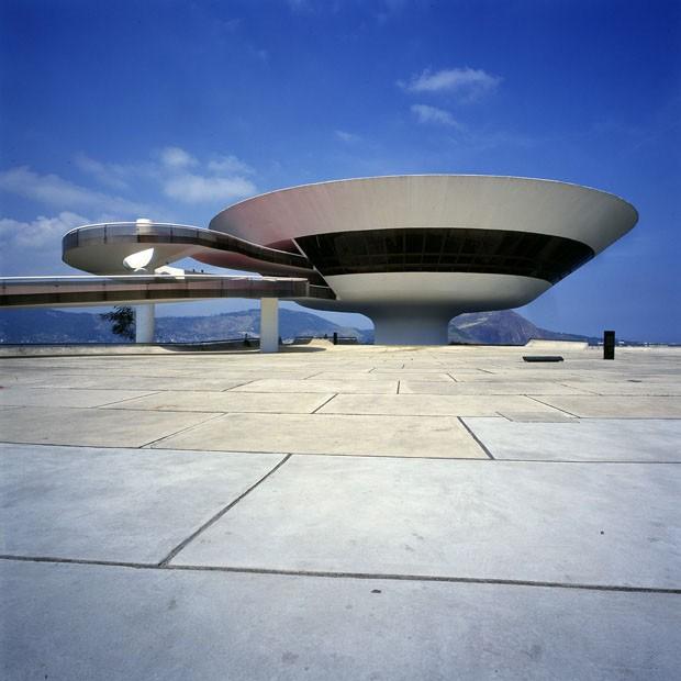 Uma ode a Oscar Niemeyer
