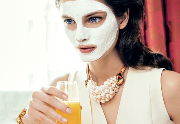 Adote cuidados de beauté durante a manhã que vão te deixar linda