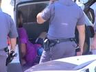 Menor em SP exigiu colete e arma para libertar mãe na rodoviária, diz polícia