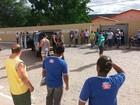 Garoto de 15 anos invade escola na Bahia com facão, e porteiro fica ferido