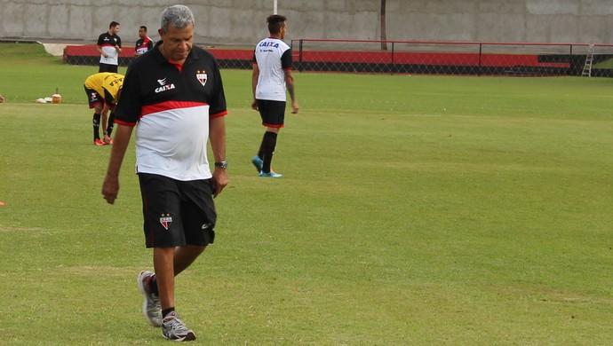Hélio dos Anjos - técnico Atlético-GO (Foto: Fernando Vasconcelos / Globoesporte.com)