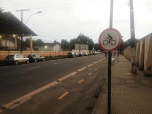 Macapá tem atualmente 8,8 quilômetros de ciclofaixa (Foto: Abinoan Santiago/G1)