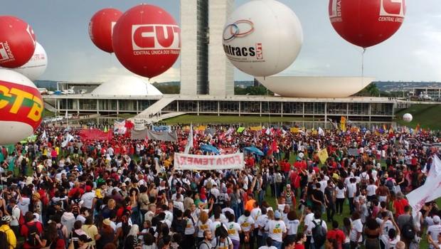 Caravana Ocupa Brasília é movimento das centrais sindicais (Foto: Agência Brasil)