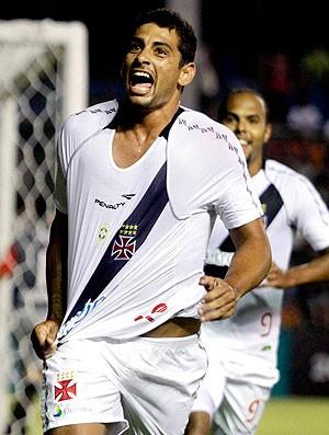 Diego Souza comemora gol do Vasco contra o Libertad (Foto: Reuters)