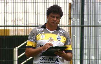 Play Freitas, técnico do Comercial (Foto: Ronaldo Oliveira / EPTV)