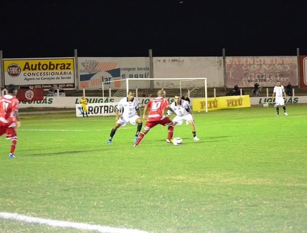 Cascata foi o destaque do América-RN na final contra o Corintians-RN (Foto: Ilmo Medeiros Gomes)