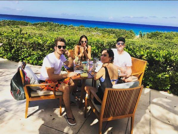 Paulo Gustavo, Tatá Werneck, Bruna Marquezine e Thales Bretas no Caribe (Foto: Reprodução/Instagram)