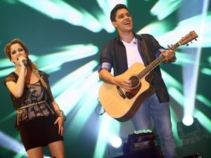 Maria Cecília & Rodolfo agitam segundo dia de shows no Expominas (Foto: Maurício Vieira)