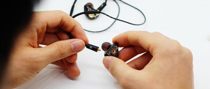 Fones de ouvido são criados em processo artesanal (Foto: Reprodução/Kickstarter) (Foto: Fones de ouvido são criados em processo artesanal (Foto: Reprodução/Kickstarter))