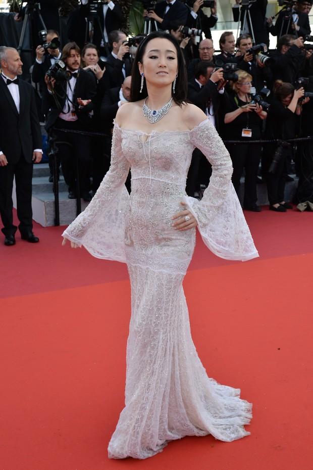 Gong Li na abertura do Festival de Cannes (Foto: AFP)