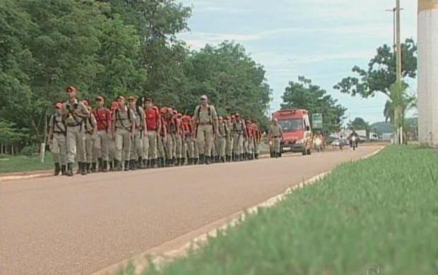 O treinamento de selva reuniu 70 crianças (Foto: Rondônia TV)