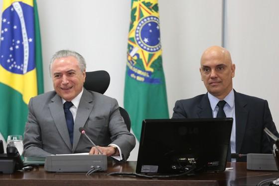 O presidente Michel Temer e o ministro da Justiça, Alexandre de Moraes (Foto: José Cruz/Agência Brasil)