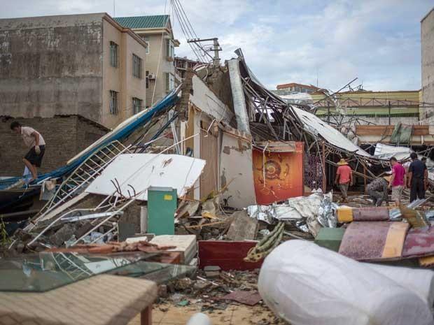 Tormenta deixou um rastro de destruição na China. (Foto: Reuters)
