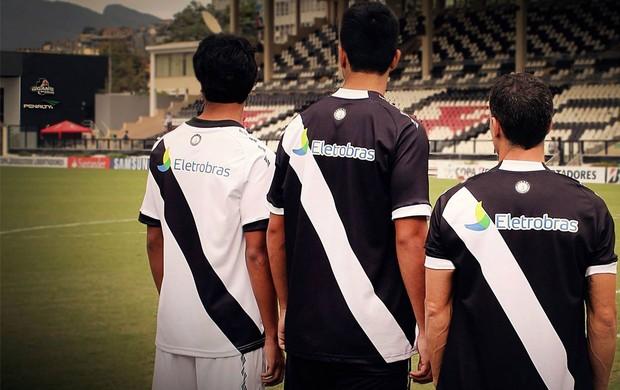 726551d42d Partes das costas das novas camisas do Vasco são reveladas em imagem ...
