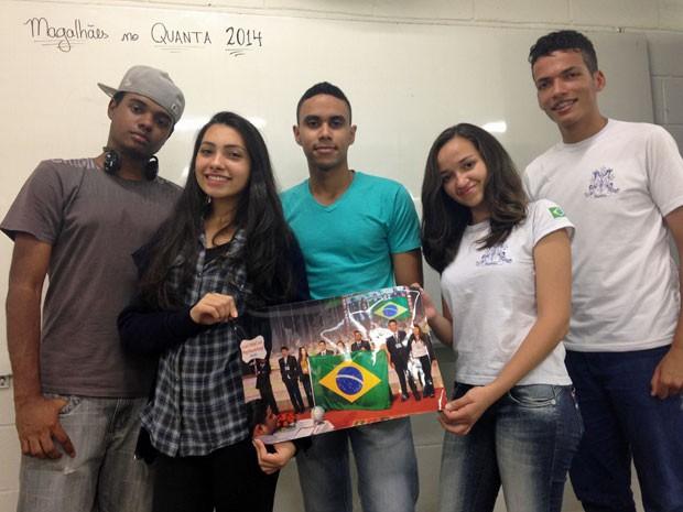 Parte dos alunos que viajaram para a Índia na Quanta (Foto: Vanessa Fajardo/ G1)