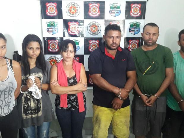 Suspeitos de integrar quadrilha de assalto a banco foram presos em Imperatriz (MA) (Foto: Divulgação/Polícia Militar)