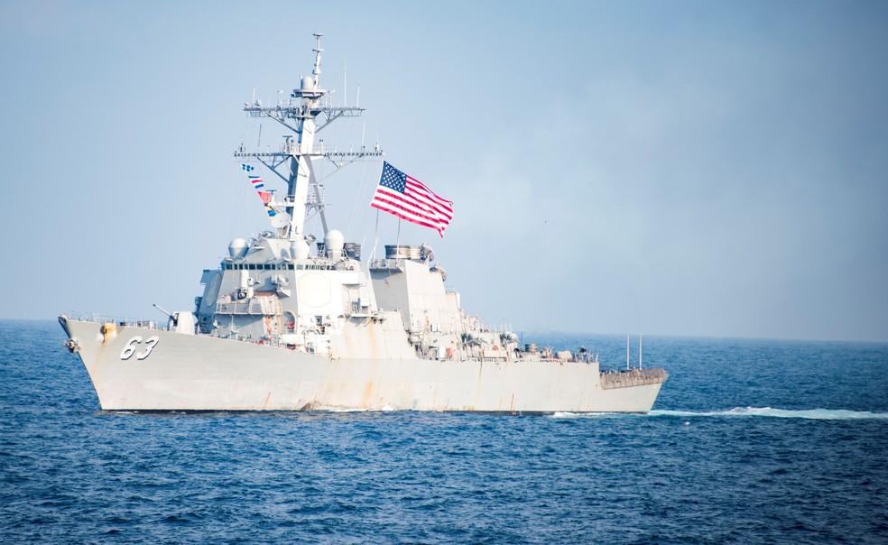 Resultado de imagem para contratorpedeiro USS Stethem
