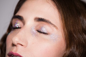 Brilho: glitter bagunçado faz bonito no SPFW
