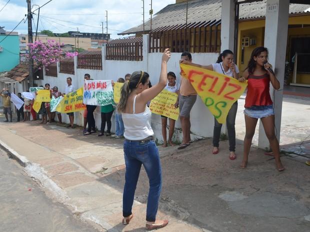 Funcionários e servidores dizem que nova nomeação é retrocesso  (Foto: Anny Barbosa/G1)