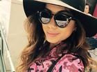 Estilosa, Anitta se diverte durante viagem ao Japão