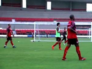CRB treina para os próximos jogos  (Foto: Reprodução/TV Gazeta)