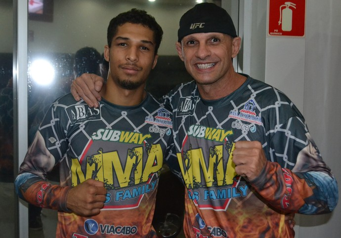 Vinícius Salvador e Marcelo Ribas Jungle Fight MMA (Foto: Raphael Marinho)
