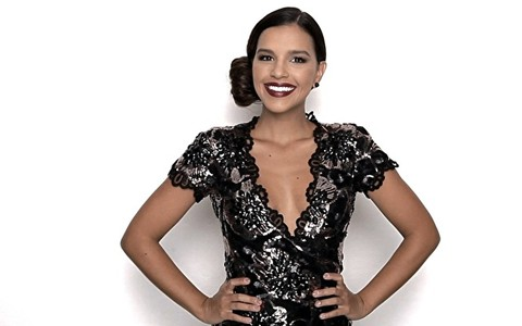 Mariana Rios ensina penteado glamouroso para festas
