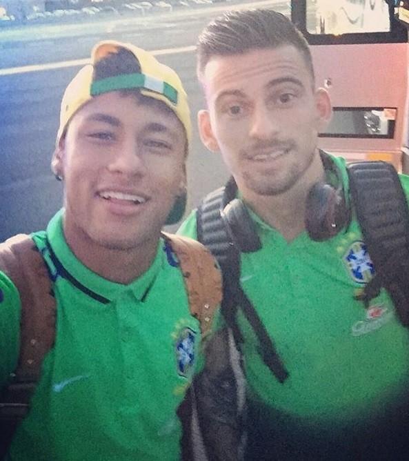 "BLOG: Lucas Lima parabeniza Neymar por aniversário: ""Parabéns, ídolo"""