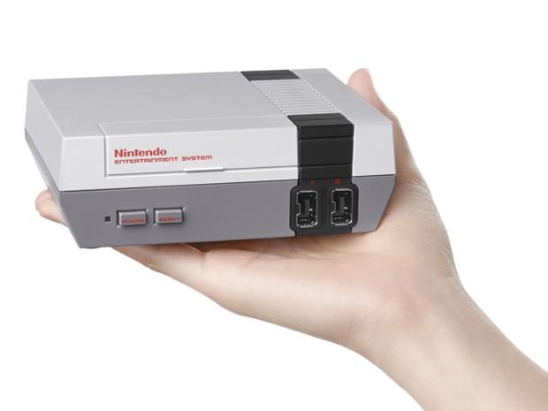 Nintendo irá relançar NES, seu primeiro videogame doméstico, em versão compacta (Foto: Divulgação/Nintendo)