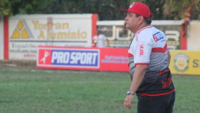 Fernando Dourado, técnico do Dorense (Foto: Public Comunicação)