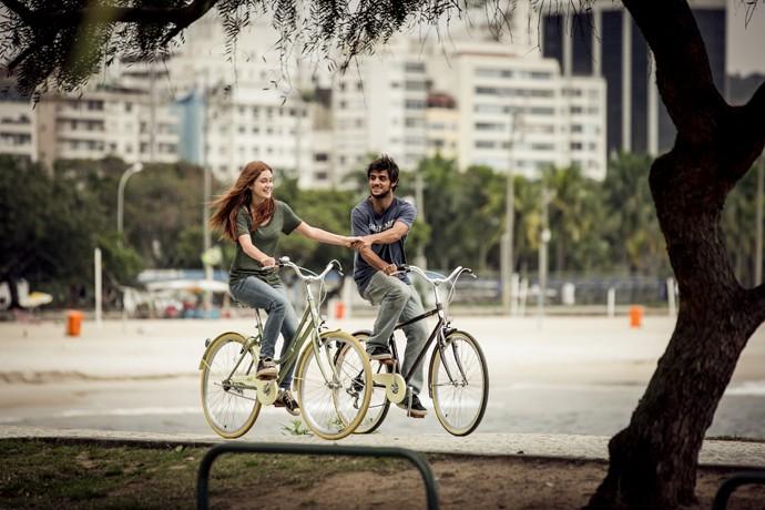 Eles realmente formam um casal fofo, né? (Foto: Isabella Pinheiro / Gshow)