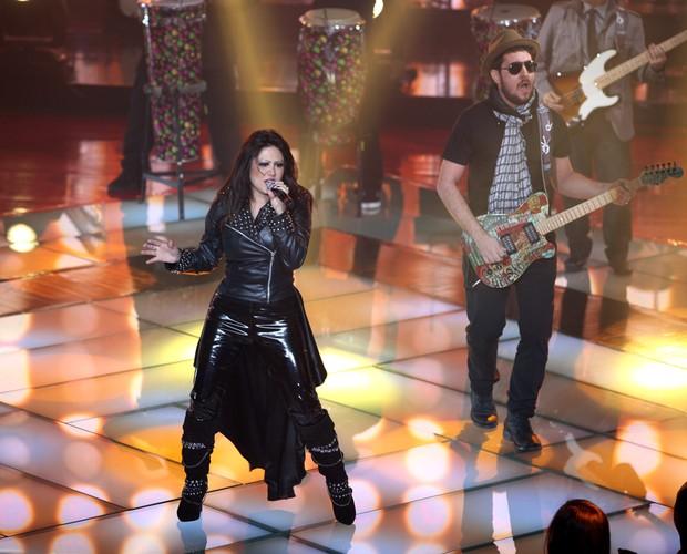 Sandra Honda palco (Foto: The Voice Brasil/TV Globo)