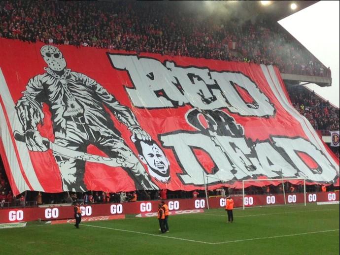Steven Defour torcida Standard Liège Anderlecht (Foto: Reprodução / Facebook)
