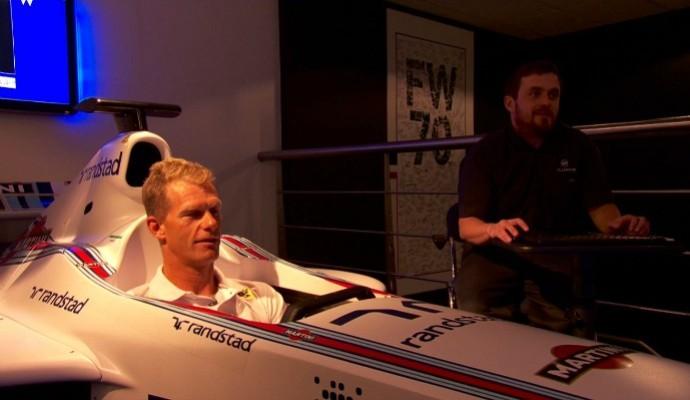 Robert Scheidt também se aventurou pelo simulador da escuderia Williams (Foto: Divulgação)