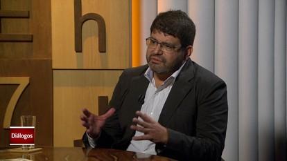 Diálogos: Plínio Fraga lança 'Tancredo Neves, o príncipe civil'