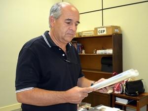 Carlos Alberto da Silva, presidente do CEUA, fala sobre o uso de animais na universidade em Piracicaba (Foto: Fernanda Zanetti/G1)
