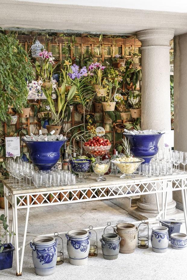 Vamos Receber: chá da tarde decorado com orquídeas (Foto: Julio Acevedo )