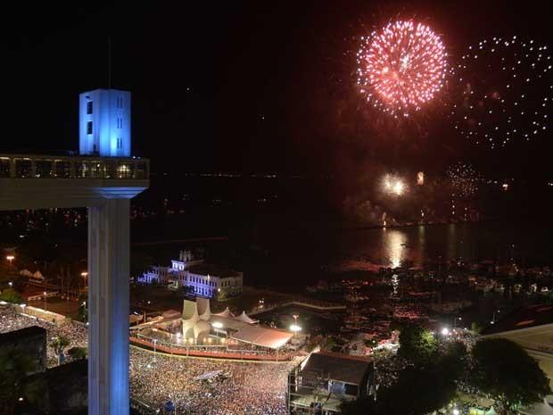 Fogos de artifício Bahia (Foto: Agência Haack)