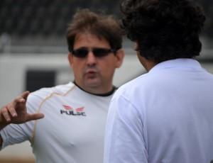 Guto Ferreira, técnico da Ponte Preta (Foto: Murilo Borges / Globoesporte.com)