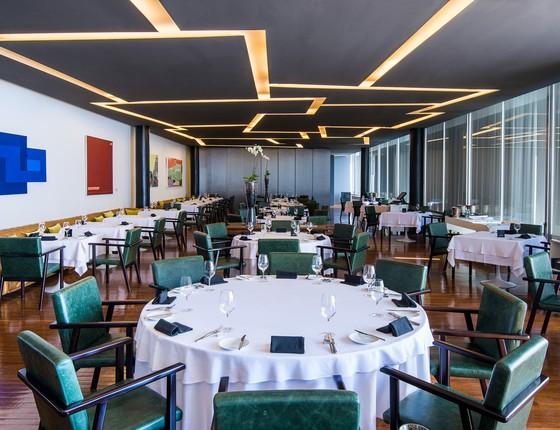 O restaurante Laguiole, que fica no MAM carioca, acaba de ser agraciado com uma estrela no Michelin (Foto: Thomas Rangel )